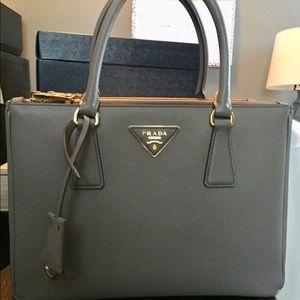 2018 PRADA saffiano lux galleria crossbody bag